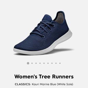 Navy Allbirds Sneakers Women's Size 10